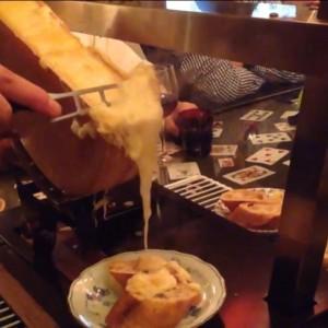 至福のラクレットチーズ